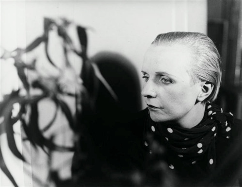 Nelly van Doesburg